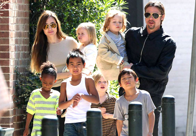 jolie-pitt-and-kids